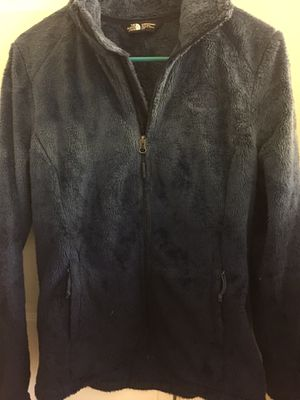 NEW WOMENS NAVY BLUE NORTH FACE WOMENS SOFT FLEECE for Sale in Ashburn, VA
