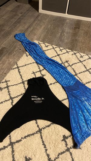 Fun Fun mermaid tail! for Sale in Queen Creek, AZ