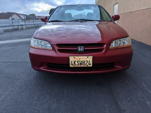 2000 Honda Accord LX special edition 4 cly for Sale in Harbor City, CA