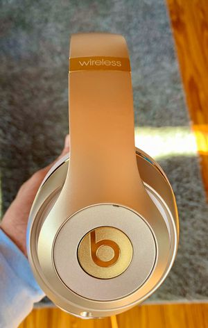 Wireless Beats By Dr. Dre Studio 2 Gold for Sale in Chapel Hill, NC