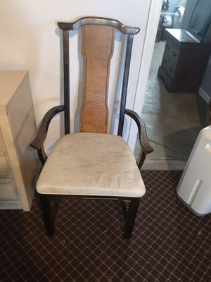 Antique Handcrafted Arm Chair for Sale in Abington, PA