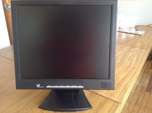 """17"""" computer monitor like NEW for Sale in New York, NY"""