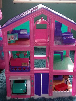 Doll house for Sale in Lake Wales, FL
