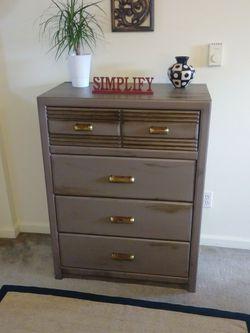 Dresser for Sale in Tukwila,  WA