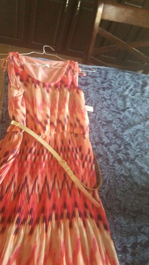 (NEW w/Tags) Women's Sleeveless Dress- Pink/Purple Multi-Colored (Size 10) for Sale in Laveen Village, AZ