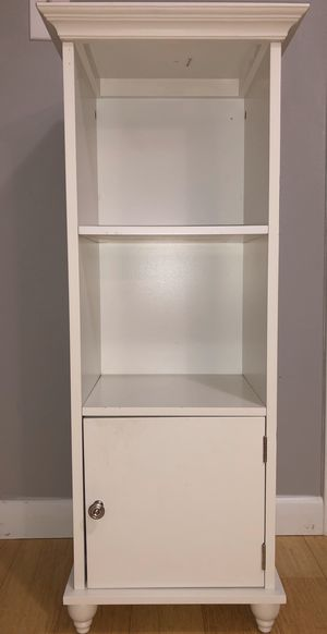 Small Shelf for Sale in South Windsor, CT