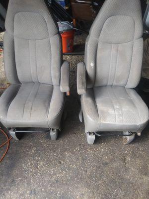 4 sale asientos. Chevy express van año 97 a2017 Buenos for Sale in Dallas, TX
