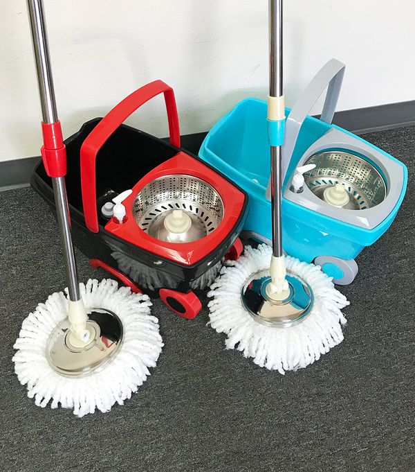 New $25 each Deluxe Spin Mop with Wheels and Extended Handle with 2x Microfiber Mop Heads