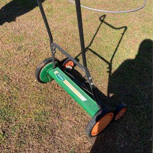 Scotts Push reel Mower for Sale in Bakersfield, CA