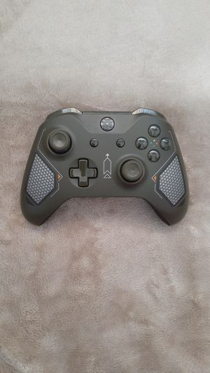 XBOX ONE S CONTROLLER (NEW) for Sale in Las Vegas, NV