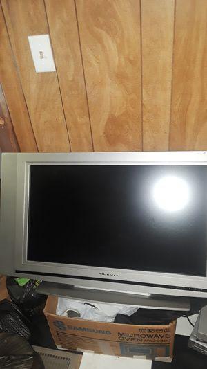 36 inch tv for Sale in Hazel Park, MI