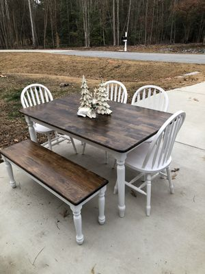 Farmhouse Table Set for Sale in Willow Spring, NC