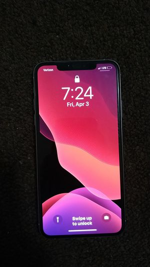 Iphone 11 pro max in great condition and unlocked for Sale in Washington, DC