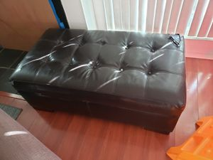 STORAGE OTTOMAN!! for Sale in HUNTINGTN BCH, CA