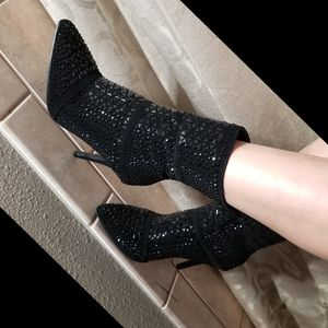 💎Extremely Diamond embelished booties for Sale in Ontario, CA