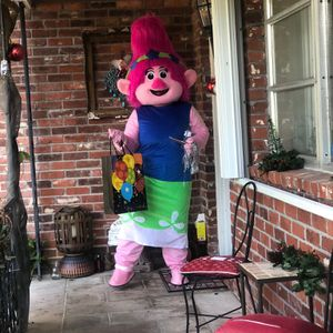 Princess Poppy Character Outfit (Trolls) for Sale in West Palm Beach, FL
