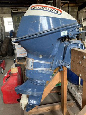 EVINRUDE 9.9 boat motor for Sale in Painesville, OH