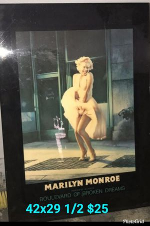 Large framed laminated Marilyn Monroe poster for Sale in Beaumont, CA