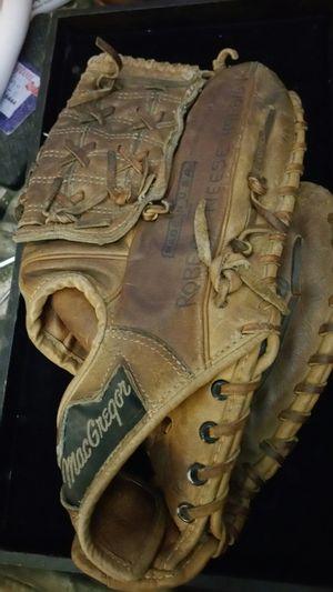 Baseball glove for Sale in Lacey, WA