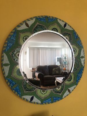 Rare Finds Wall Mirror for Sale in Rossmoor, CA