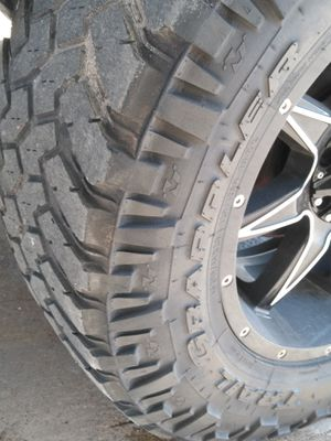 """20"""" mud tires for Sale in Los Fresnos, TX"""