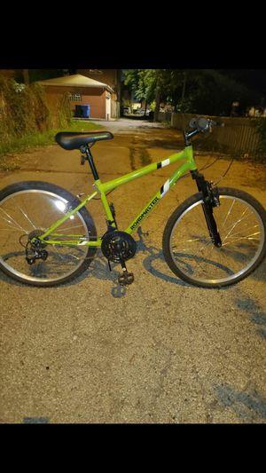 Roadmaster mountain bike (like new) for Sale in Chicago, IL