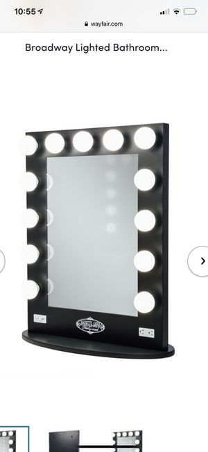 Hollywood vanity makeup girls dont miss out like new for Sale in Stockton, CA