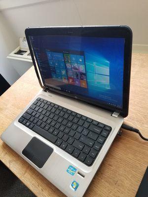 Broken HP laptop. Fully functional for Sale in Alexandria, VA