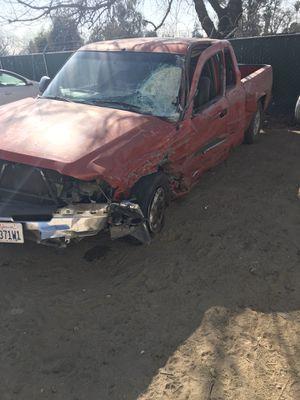 03 Chevy Silverado for Sale in Tulare, CA
