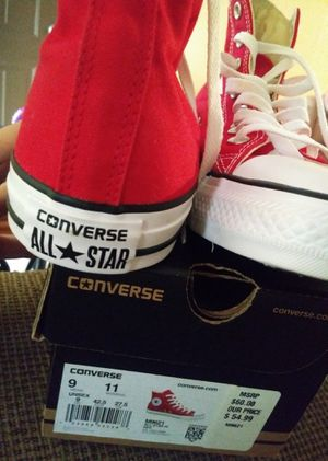 Red and white converse for Sale in Haines City, FL