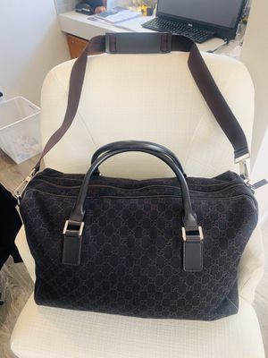 Authentic Gucci 196356 Gucci Unisex Large Duffle Bag Gg Logo Black Nylon and Black Leather for Sale in Mill Creek, WA