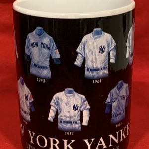 NY Yankees Coffee Mug for Sale in Stevenson Ranch, CA