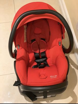 Car seat. Maxi-cosi for Sale in Miami, FL
