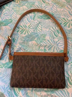 Michael Kors Pouch or Fanny Pack for Sale in Sacramento, CA