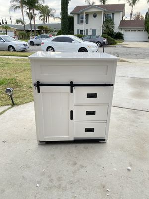 VANITY for Sale in Fontana, CA