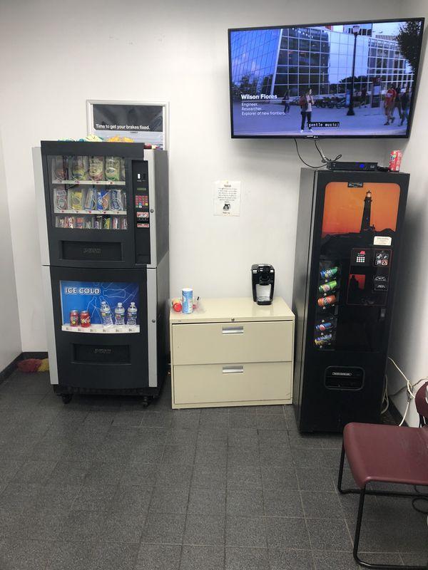 RS/800 combo machine and soda machine for sale $1500