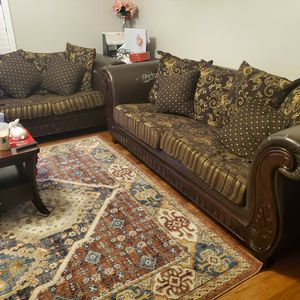 Free!!!! Couches For Sale for Sale in Dayton, OR