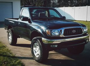 TOYOTA Tacoma 2001 - This truck is ready to go looks great! for Sale in Richmond, VA