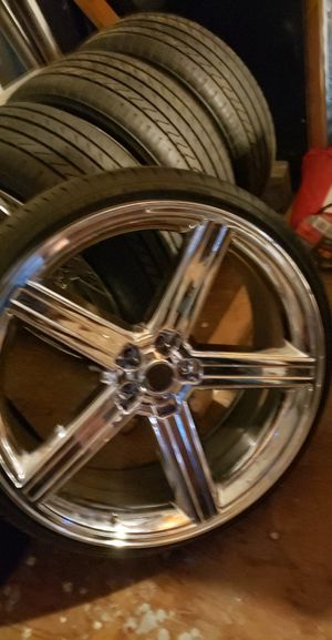 24 inch rims w/low profile tires for Sale in Federal Way, WA