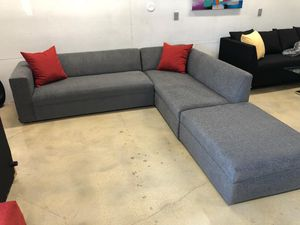 New modern Sectional Sofa couch for Sale in North Miami Beach, FL