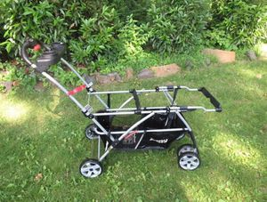 Universal double snap n go stroller for Sale in Alexandria, VA
