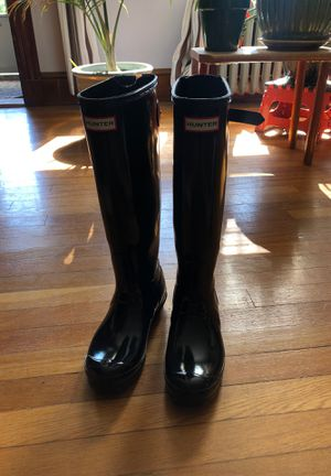 Hunter Tall Black Adjustable Rain Boot SIZE 8/39 for Sale in Norwood, MA