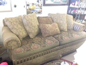 Couch for Sale in Hillsboro, OR