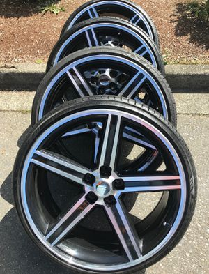 "24"" Iroc rims and tires 5x120 for Sale in Federal Way, WA"