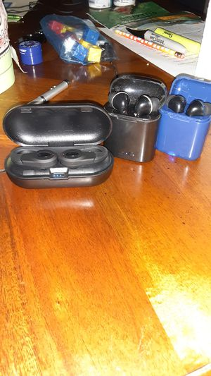 3 Wireless earbuds for Sale in Glyndon, MD