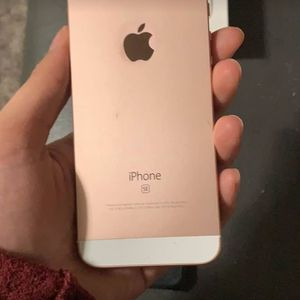 IPhone SE for Sale in Evansville, IN