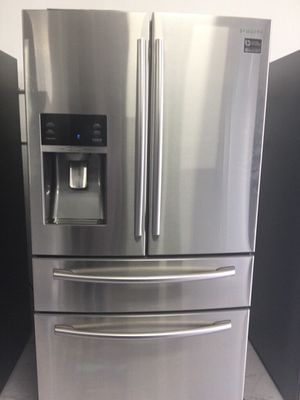 New Stainless Steel Samsung refrigerator model: RF28HMEDBSR/AA for Sale in Garden Grove, CA