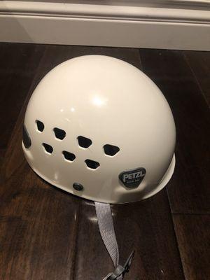 Brand New PETZL ECRIN-ROC Rick Climbing and Mountaineering Helmet for Sale in Anaheim, CA