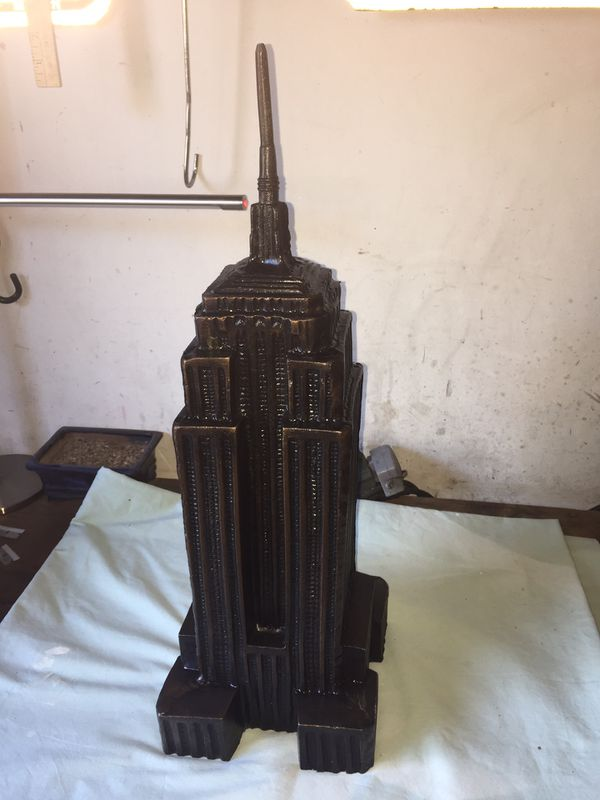 Empire State sculpture