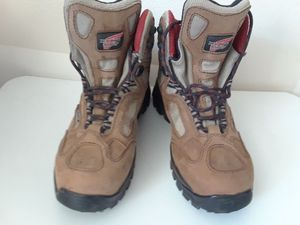 Women's Redwings/work /hiking boots size 7 for Sale in Longmont, CO